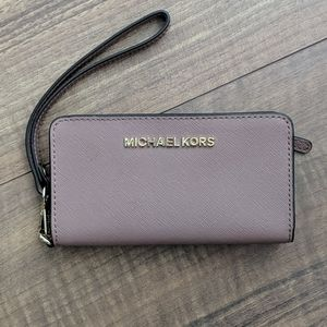 Michael Kors Wristlet Phone Card Wallet